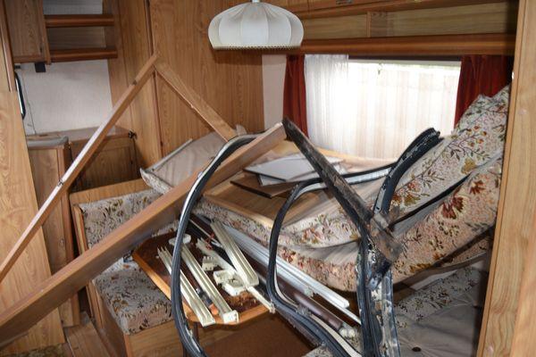 r novation carav lair brasilia 416. Black Bedroom Furniture Sets. Home Design Ideas