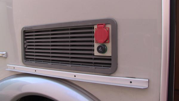 Installation de prise 220v 12v sous auvent - Transformateur 220v 12v pour caravane ...