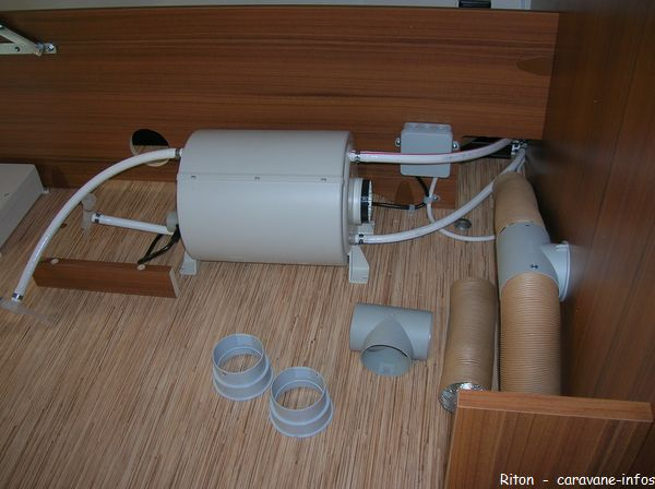 isolation d 39 un chauffe eau truma therme. Black Bedroom Furniture Sets. Home Design Ideas